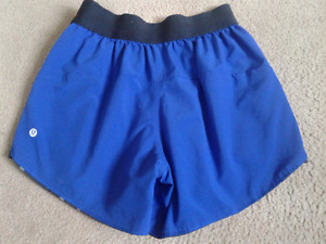 Lululemon reversible running workout shorts size 4