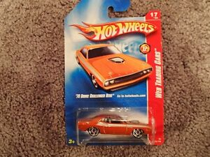 Hot Wheels 70 Dodge Challenger HEMI - Web Trading Cars  17 of 24