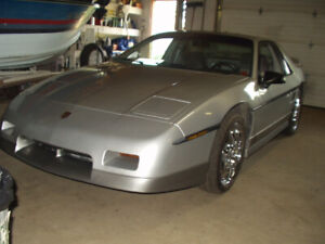 REDUCED CASH, SWAP/TRADE 85' FIERO LOW MILES IN ATIKOKAN ON.