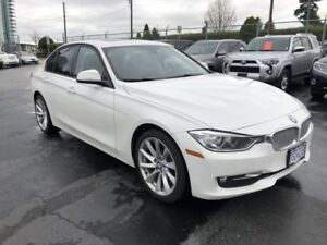 2013 BMW 3 Series 320i xDrive AWD