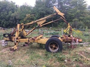 REDUCED! Power trailer loader with clam