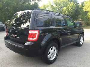 2011 FORD ESCAPE XLT * LEATHER * LOW KM * MINT CONDITION London Ontario image 6