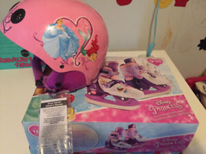 Disney Princess Skates and Helmet. Brand New in box with tags