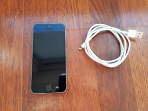 Excellent Condition iPhone 5S 16 GB Space-Grey