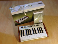 Arturia Midi Keyboard The Player 25 key. Clavier Like New!