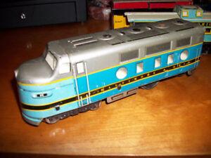 Vintage MARX Tin Train Set w/4 Extra Power Supplies ( O Scale )
