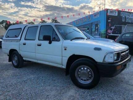 *** AUTOMATIC TOYOTA HILUX *** DUAL CAB *** CANOPY *** Slacks Creek Logan Area Preview