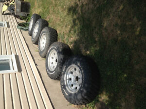 5 BFG MT2  tires with alloy rims