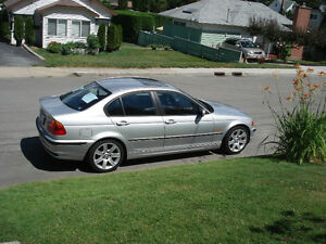 2001 BMW 3-Series Sedan for parts