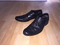 Office (Brand) Black Leather Brogue Shoes - Size 8 - Men's Fashion Formal