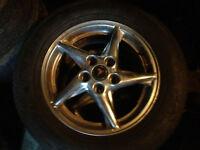 4 mag grandprix 5 bolt 225/60r16 sur pneu marshall 2+saison