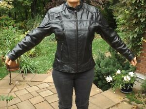 Ladies Motocycle Leather Jacket Gatineau Ottawa / Gatineau Area image 1