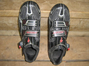 SPECIALIZED ROAD SHOES with TIME PEDALS