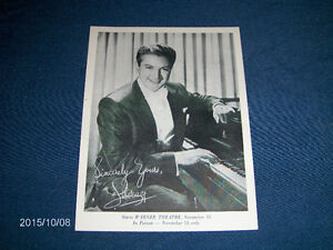 WARNER BROS. B/W GLOSSY PICTURE-SINCERELY LIBERACE-1960s