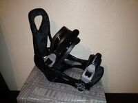 New in box men's or women's snowboard bindings size 12-6