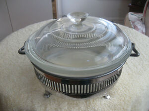 BRILLIANT HI-SHINE FOOTED COVERED SILVER-PLATE CASSEROLE STAND