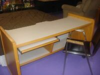 computer desk / drawin desk with chair