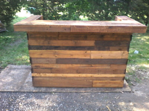 Pallet wood DIY pallet bar rustic decor barnboard