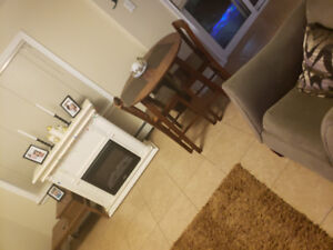 Fully furnished room to rent.