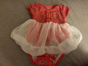 Baby girls dress 3-6 months like new