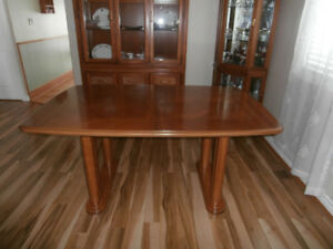 Oak Table, chairs  and Hutch