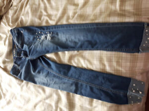 Jeans with pearls