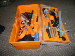 HOME DEPOT TOY TOOL BOX