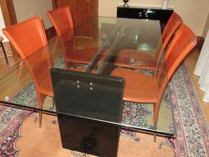 Table salle à manger, chaises et console fermée