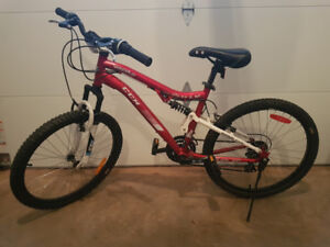 CCM Bicycle 24 inch like new