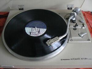 ***Nice Pioneer PL-514 Turntable and Shure cartridge***
