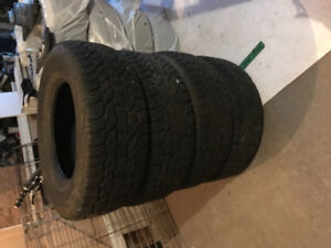 4 All Seaon Cooper Discovery Tires 265/70R17