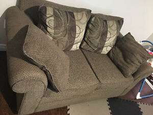 Must go! Asap sofa and loveseat