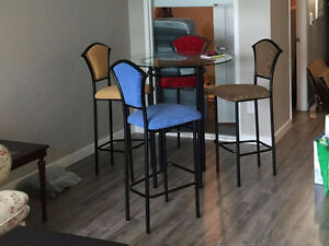 Like New Kitchen Glass Table & 4 Chair Set - BEST OFFER - GUELPH