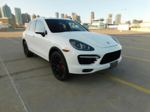 2011 Porsche Cayenne Turbo (private sale)