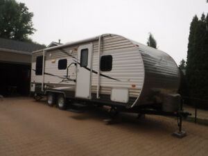 2014 Crossroads Zinger Z1 211RD Travel Trailer $15,000 OBO