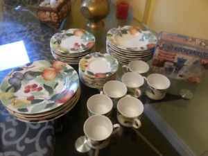 Beautiful fine China dinnerware