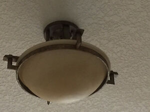 2 ceiling lights
