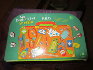 My Doctor's Bag Puzzle 28 Pieces - contains Dr's items Ages 3+