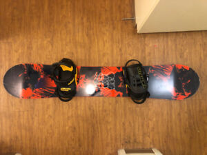Capita Indoor Survival Snowboard with Union Contact Bindings