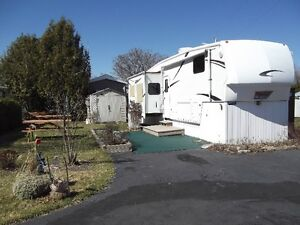 2006 Montana Keystone Fifth Wheel  *Price Reduced!