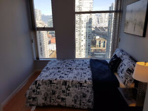 Stunning furnished 2bed with amazing view in Yaletown