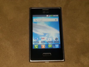 LG Optimus L3 E400 Smart Cell Phone Rogers Android 3MP Camera