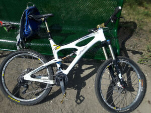 2013 Ibis Mojo - Full carbon All mountain beast - XT/R and XO