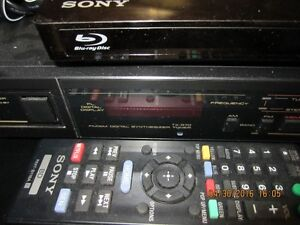 HOME STERO SYSTEM-AMP SOLD!!-WILL SELL REMAINDER FOR $150.00 London Ontario image 4