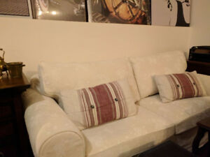 Sofa / couch bed like new