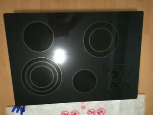 kitchenaid cooktop , like new condition