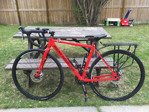 2015 ROCK MOUNTAIN  SOLO ROAD BIKE