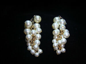 Vintage Grape Clip On earrings