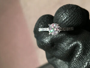 Diamond Ring For Sale! 1.10 TCW NEW!
