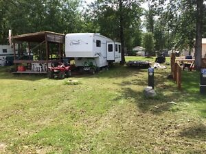 Leased lake lot/ w trailer & deck